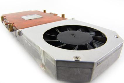 Come sostituire una ventola della CPU su un P30 RV2 Toshiba Satellite