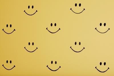 Come inserire caratteri speciali e simboli in testo in Microsoft Word (compresi Smiley Faces!): Consigli per principianti