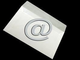 Quali sono le diverse parti di un indirizzo e-mail?