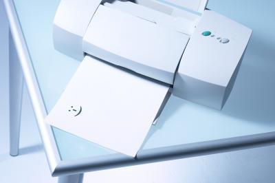 Come faccio a riempire di nuovo una cartuccia d'inchiostro HP02 per Photosmart C6180?