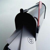 Come inoltrare automaticamente la posta da Outlook