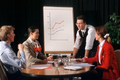 Quali sono alcuni Vantaggi e svantaggi per creare una presentazione di PowerPoint vs. una presentazione in PDF?
