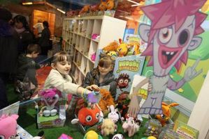 "Come ottenere due case ""Moshi Monsters"""