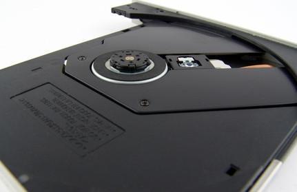 Come smontare un computer portatile HP ZE4200