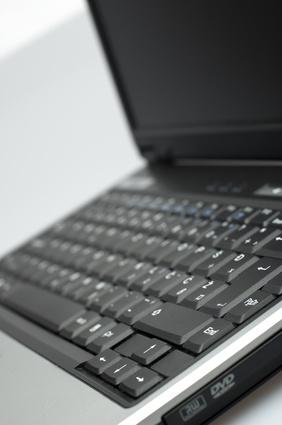 Come installare XP Home su un computer portatile Compaq Presario R3000