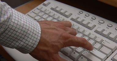 Come inviare allegati e-mail a un telefono Windows Mobile