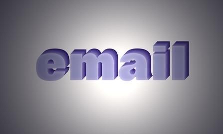 Come aggiungere stazionario a e-mail