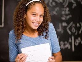 Come controllare i gradi Utilizzando un ID studente per le scuole Carta