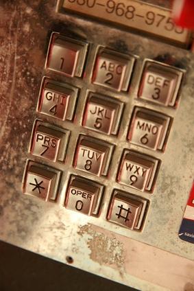 Come utilizzare un indirizzo per trovare un numero Pay-Phone