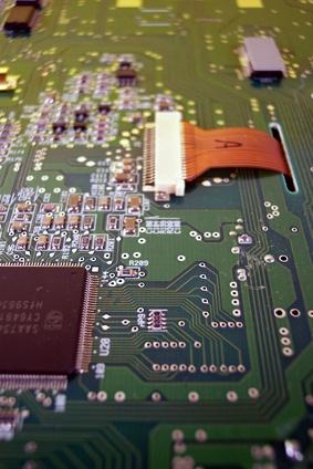 Come rimuovere la scheda madre da un gateway M465-E Laptop