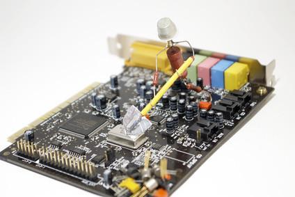 Come identificare una scheda, processore e scheda madre del suono