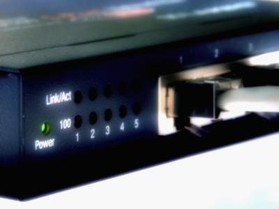 Come collegare due modem via cavo Insieme