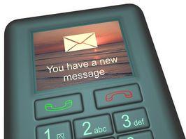 Posso inviare un messaggio di testo a un telefono cellulare da un account Yahoo! Mail?