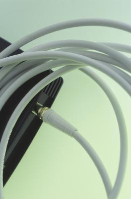 Come collegare connettori BNC