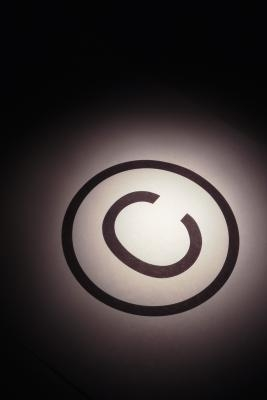 Come aggiungere un diritto d'autore, marchio o marchio registrato di un documento di Word