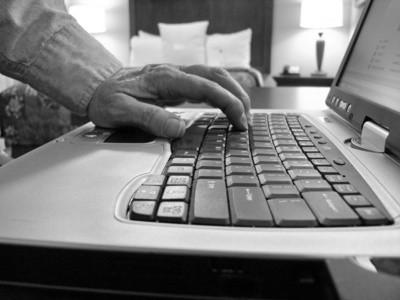 Come sostituire, installare o riparare tasti della tastiera su un computer portatile Dell