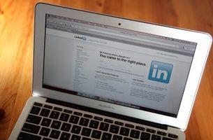 Come elencare mio profilo LinkedIn su un curriculum