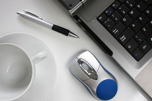 Come allegare un file a una e-mail