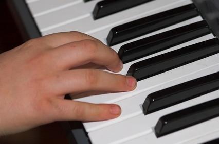 Come usare una tastiera MIDI con il produttore DirectMusic