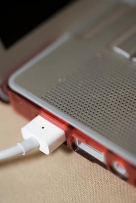 Come usare un Flash Drive per due computer